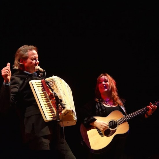 Live Review Town Hall Birmingham Uk Three Chords And The Truth
