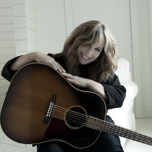 Gretchen Peters publicity photo